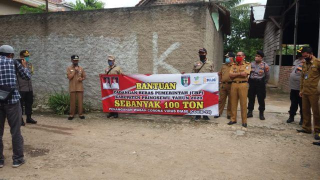 100 Ton CBP Untuk Warga Miskin Terdampak Bencana Non Alam Wabah Covid 19 Kabupaten Pringsewu
